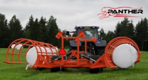panther-r10-round-bale-chaser-round-bale-handler-1